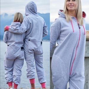 Thuggies T-Cozy Funzie  Onesie Size Large